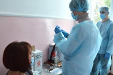 Перший центр вакцинації у Чернігові: де та коли можна отримати щеплення
