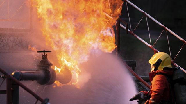 Пожар на складе пиротехники: в центре Москвы произошло сразу несколько взрывов