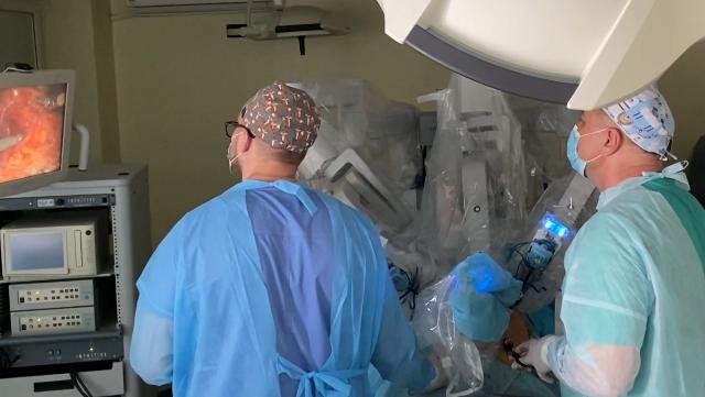 Сучасні обладнання та центр трансплантації. Як відремонтували лікарню у Львові