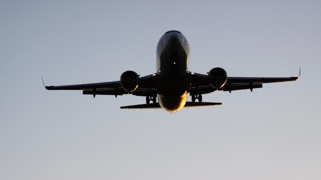 вантажний літак Boeing 737
