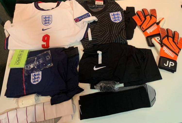 Форма сборной Англии