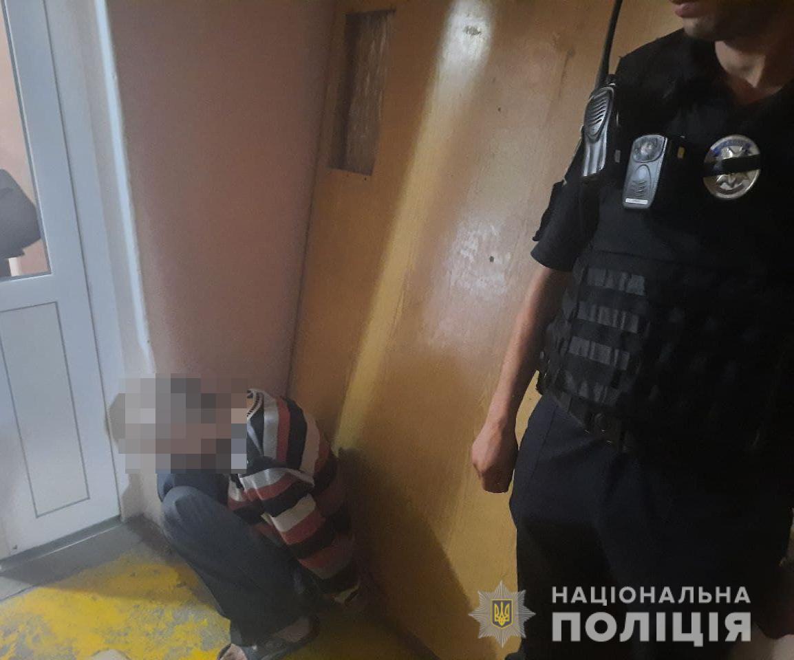Вбивство дружини та доньки – в Луцьку затримали чоловіка
