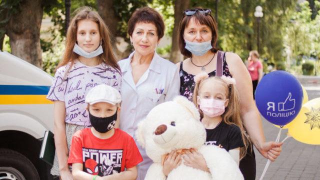 З Охмадиту виписали діток, яким зробили пересадку нирок