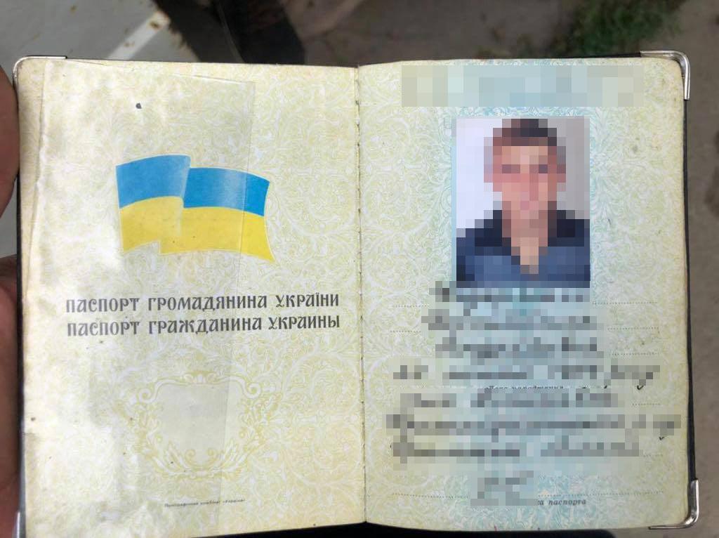Мав паспорт РФ: поліція затримала організатора вибухів у Києві та Одесі