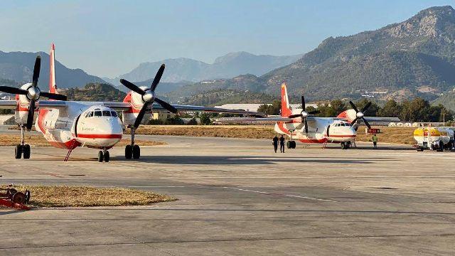 Скинули перші 16 тонн води: українські літаки почали гасити пожежі в Туреччині