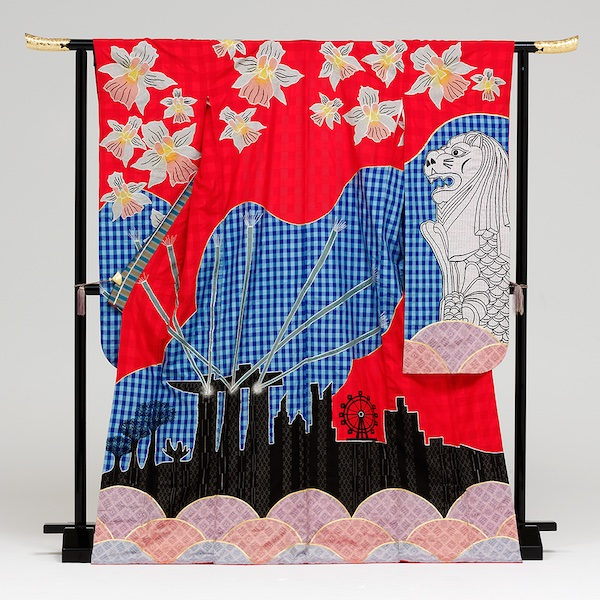 Лелеки, соняшники та князь Володимир: в Японії створили унікальне українське кімоно