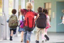 Канікули 2021-2022: коли відпочиватимуть учні в Україні