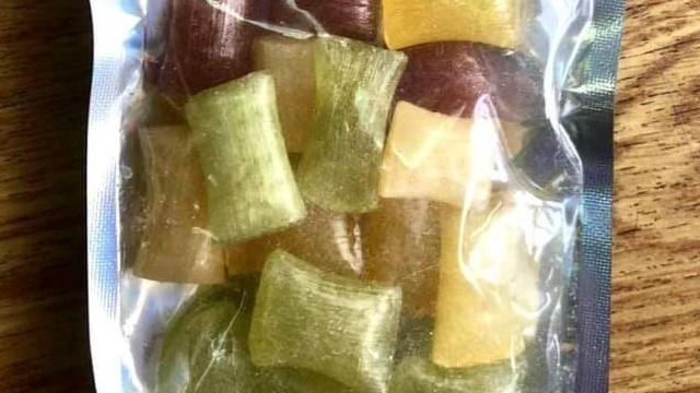 Контрабанда наркотиків – в Україну намагались завезти наркотики в цукерках (фото)