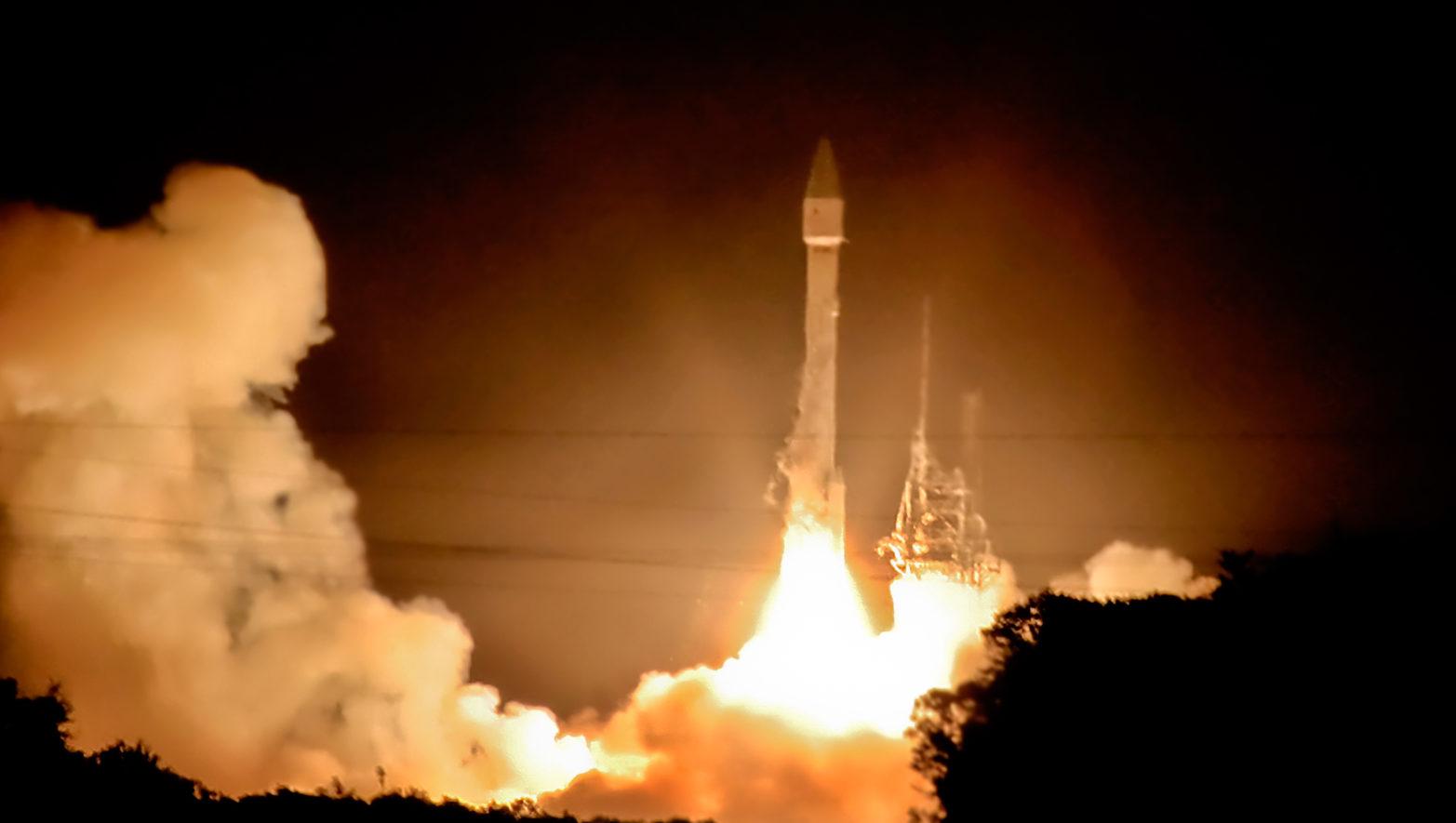 Запуск космічної ракети