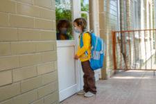 Навчальний рік в умовах Covid-пандемії: як він почнеться у різних країнах світу