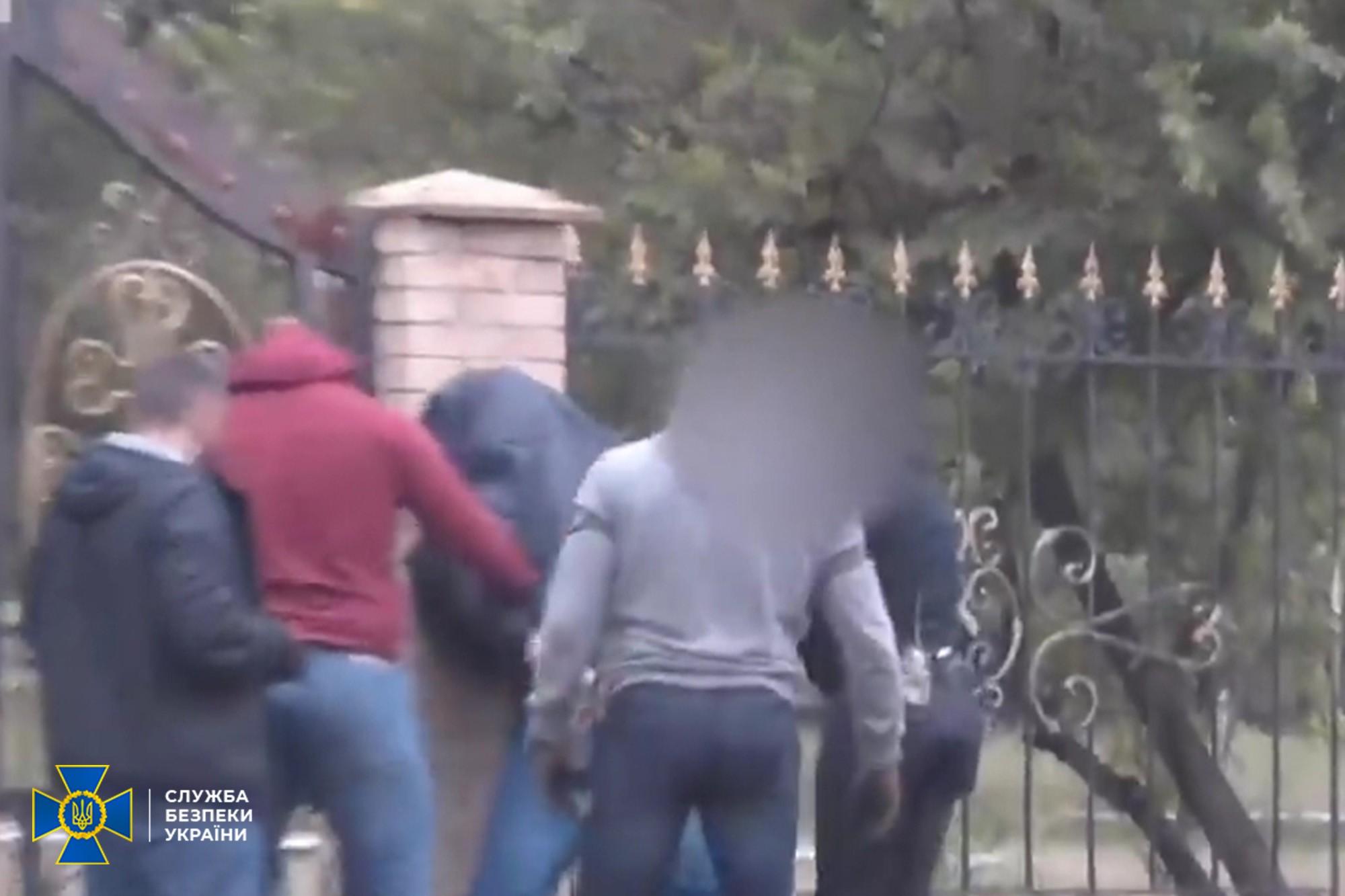 У Сєвєродонецьку затримали агента ФСБ – він мав організувати вбивство фахівця ЗСУ – подробиці