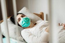 Відмовляють навіть важкохворим: лікарні Харкова переповнені Covid-пацієнтами