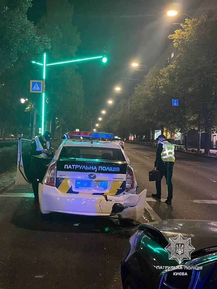 ДТП у Києві, внаслідок якої постраждали патрульні: подробиці ДТП 12 вересня в Києві