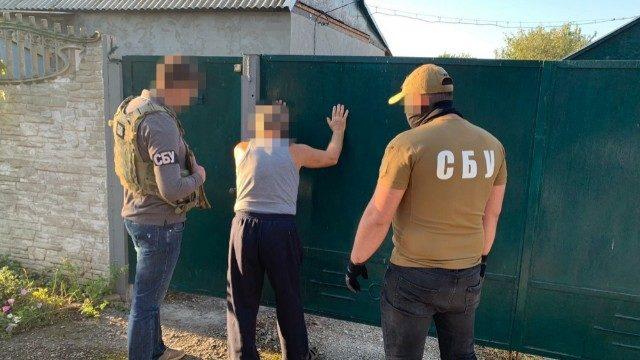 """Визнав провину й розповів про інших: СБУ затримала екс-бойовика """"ДНР"""""""