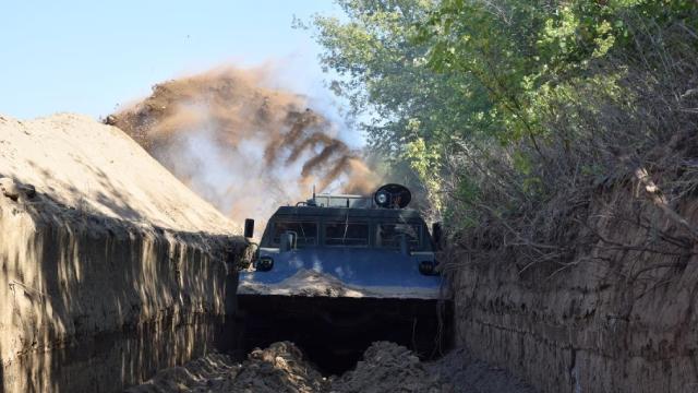 На Сумщині облаштовують кордонну смугу з РФ протитранспортними огорожами – ФОТО