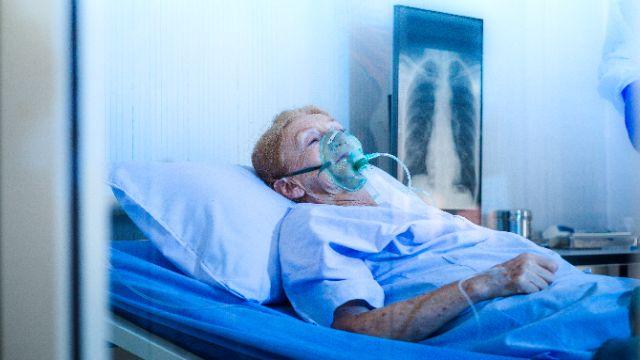 В регионах происходит ужас: волонтер о ситуации с кислородными концентраторами
